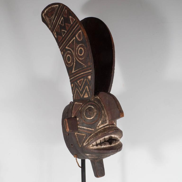19th Century Bwa Mask Burkina Faso Mounted on Custom Black Enamel Stand 6