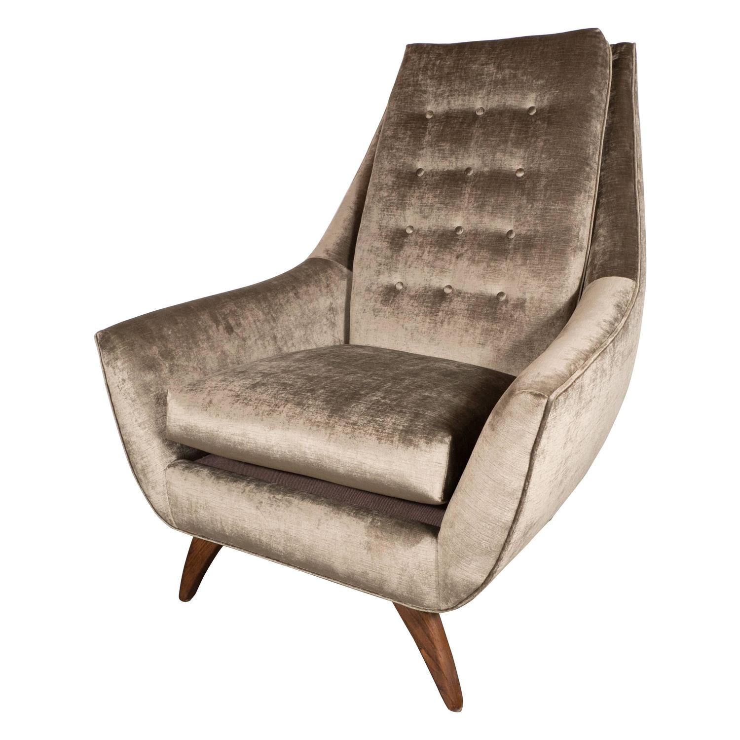 Mid Century Modernist Club Chair in Smoked Platinum Velvet by