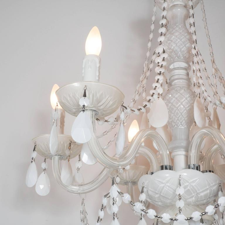 Late 20th Century Glamorous Hollywood Regency Chandelier in White Pigment Glass and Jewel Pendants For Sale