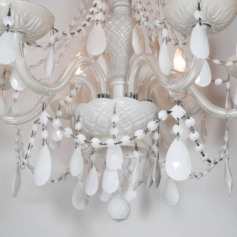 Glamorous Hollywood Regency Chandelier in White Pigment Glass and Jewel Pendants For Sale 2