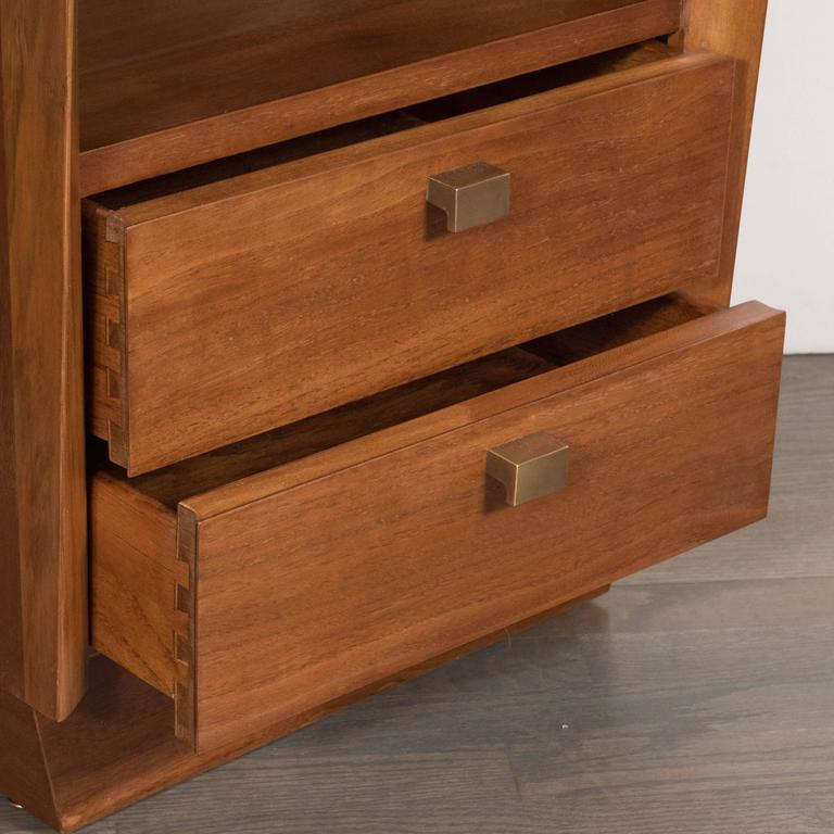 Mid-Century Modernist Bowed Front Nightstands in Rubbed Walnut with Brass Pulls For Sale 3