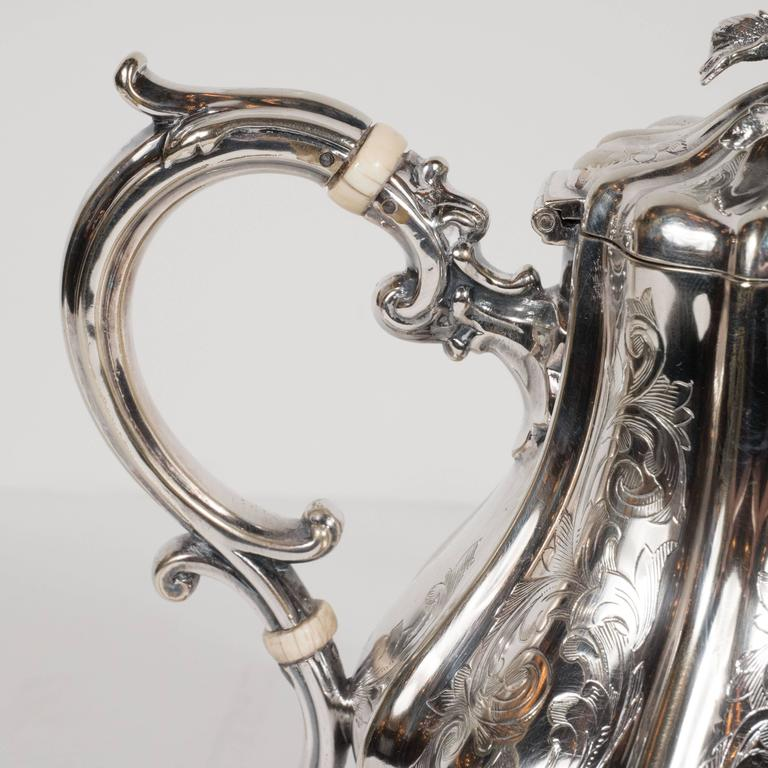 Mid-20th Century Elegant Neoclassical Silverplated Coffee/Tea Service by Elkington & Co. For Sale