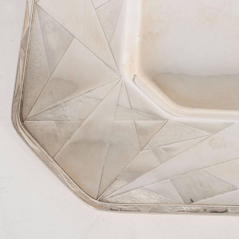 Art Deco Skyscraper Style Silver Plated Tray with Chased Geometric Designs 4