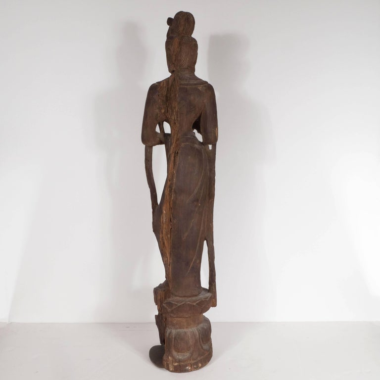 18th Century Hand-Carved Jichi Wood Guanyin Figure For Sale 1