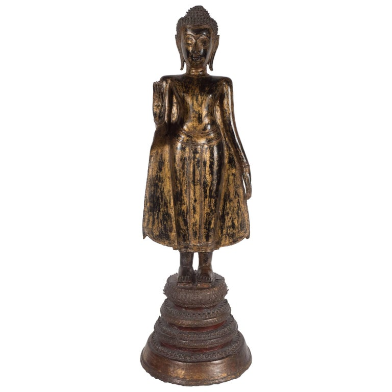 19th Century Thai Bronze Buddha with Patinated Gold Surface For Sale