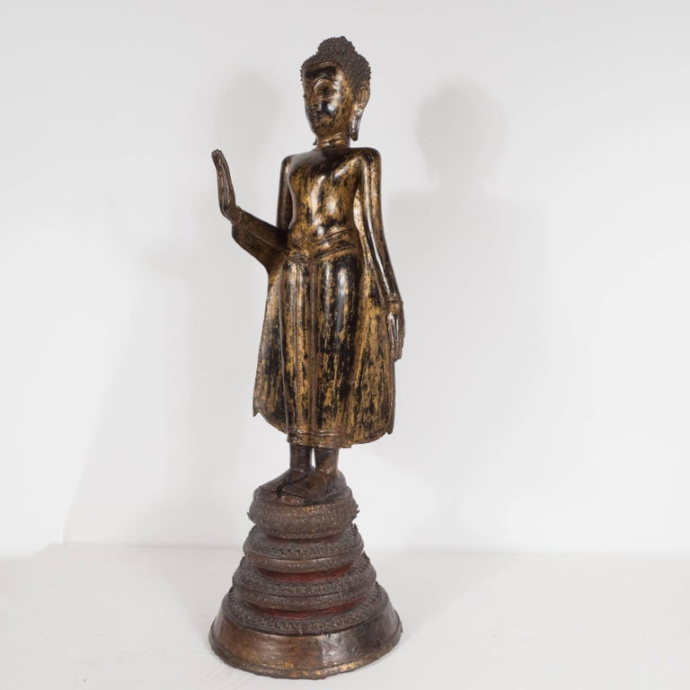 19th Century Thai Bronze Buddha with Patinated Gold Surface For Sale 1