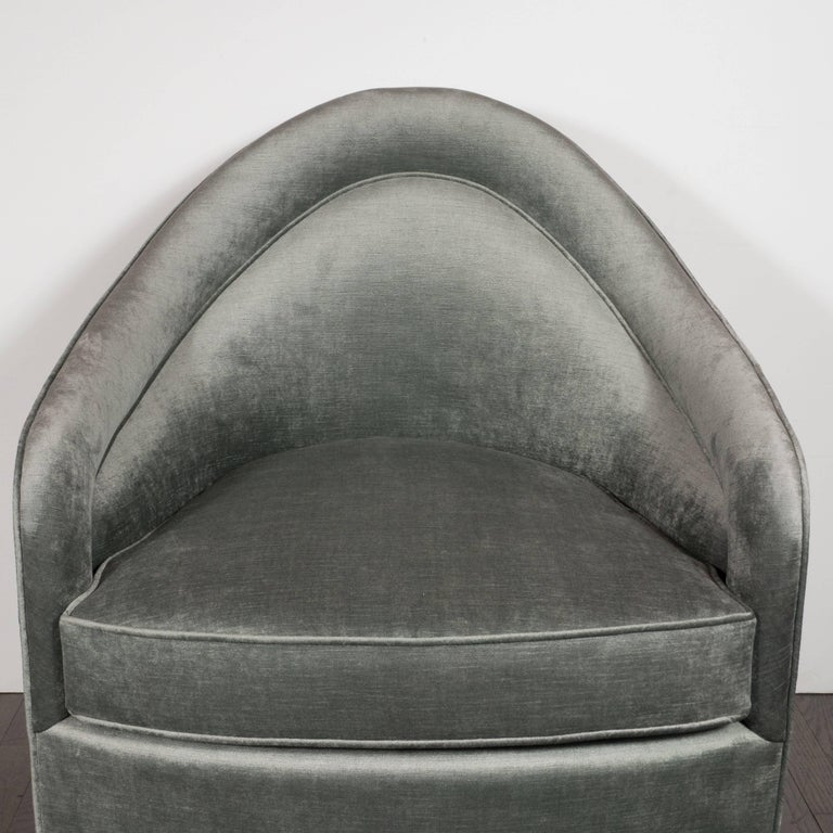 Late 20th Century Mid-Century Modern Swivel Chair in Smoked Platinum Velvet by Milo Baughman For Sale