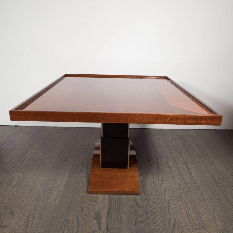 Art Deco Bookmatched Walnut and Mahogany Cocktail Table In Excellent Condition For Sale In New York, NY
