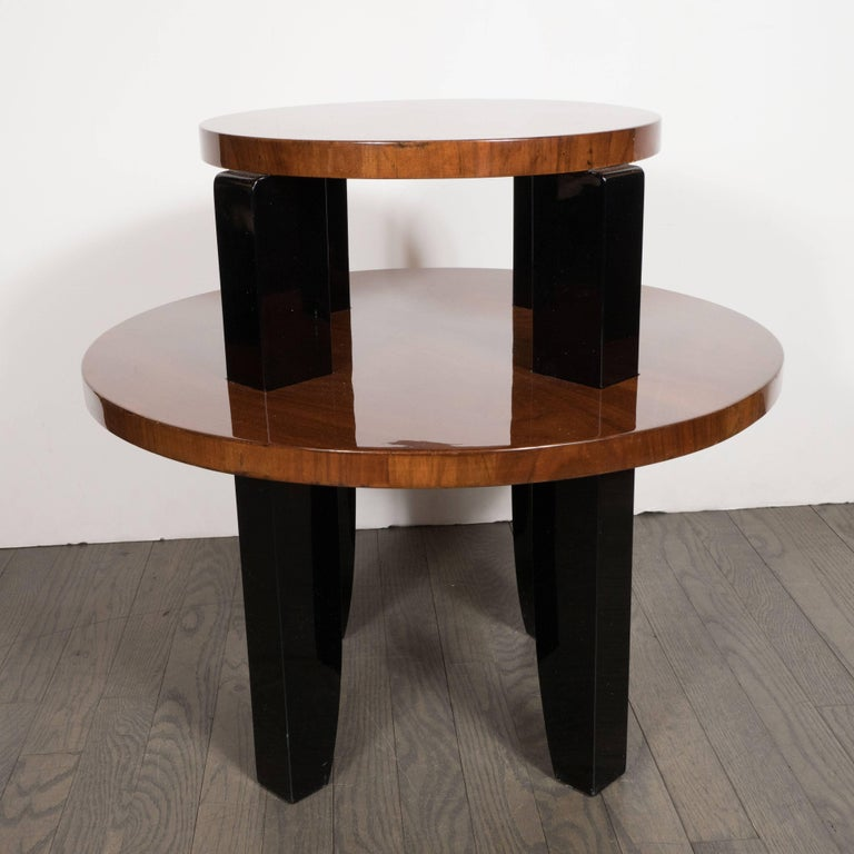 French Art Deco Two-Tier Occasional/Side Table in Walnut and Black Lacquer In Excellent Condition For Sale In New York, NY