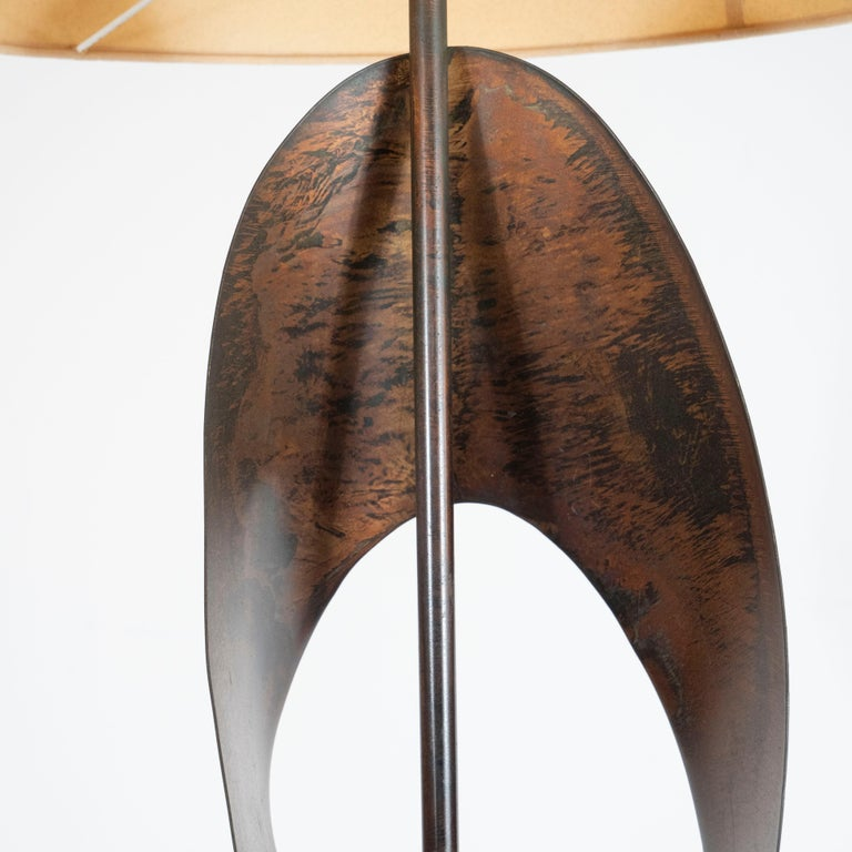 Pair of Mid-Century Sculptural Brutalist Patinated Steel Ribbon Table Lamps For Sale 1