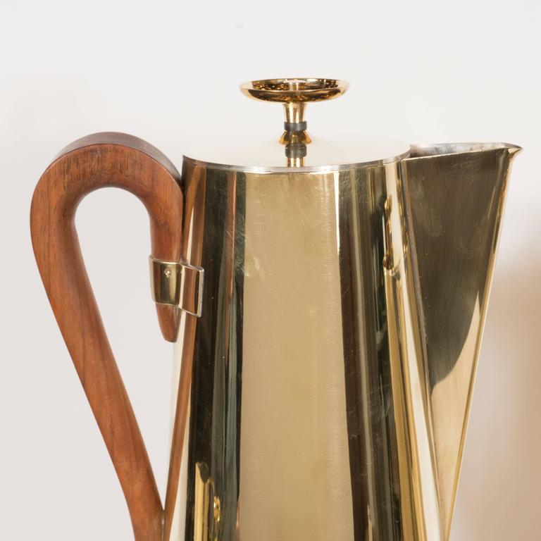 Tommi Parzinger for Dorlyn Silversmiths Coffee/Tea Service in Brass and Walnut For Sale 3