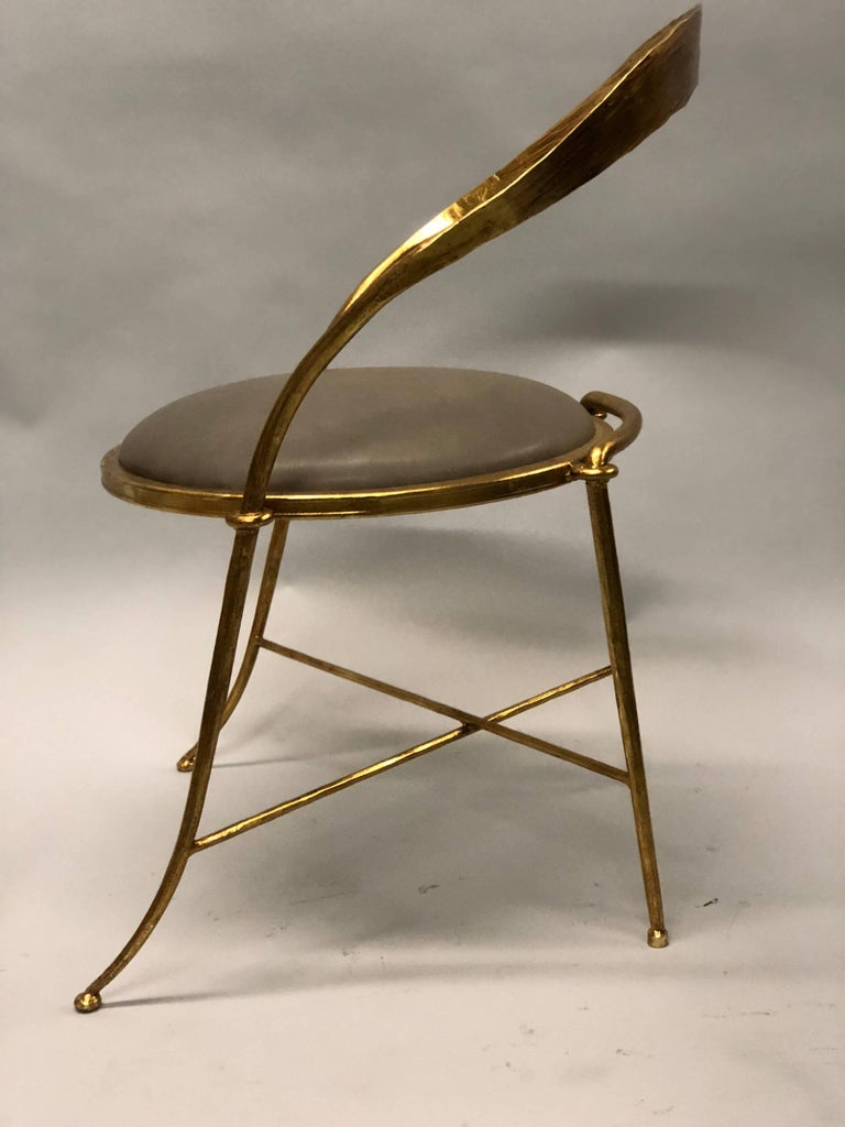 Mid-Century Modern Pair of Italian Midcentury Handmade Gilt Iron Lounge Chairs by Giovanni Banci For Sale