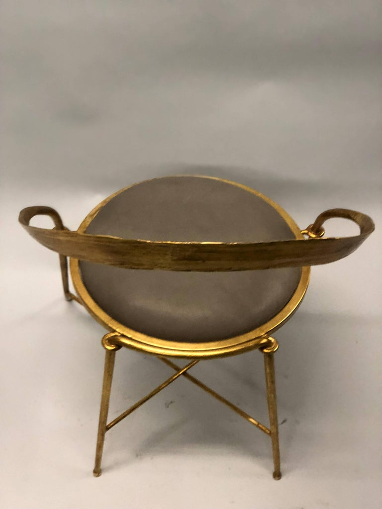 20th Century Pair of Italian Midcentury Handmade Gilt Iron Lounge Chairs by Giovanni Banci For Sale
