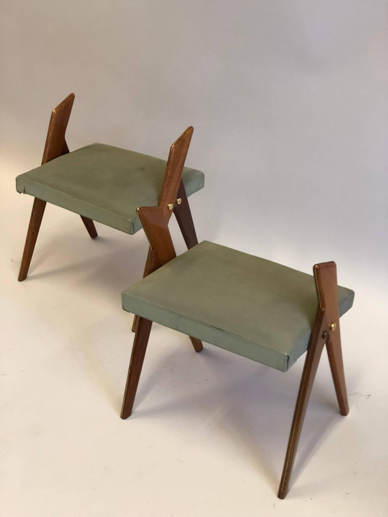 Pair of Italian Mid-Century Modern Benches or Stools, Osvaldo Borsani Attributed In Good Condition For Sale In New York, NY