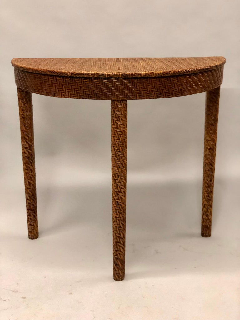 Italian Mid-Century Modern Rattan and Wicker Console or Sofa Table In Good Condition For Sale In New York, NY