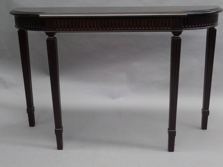 Italian Modern Neoclassical Console Table in the Manner of Paolo Buffa 3