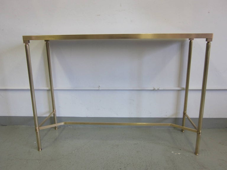 French Midcentury Brass and Reverse Painted Glass Console / Sofa Table, Baguès In Good Condition For Sale In New York, NY