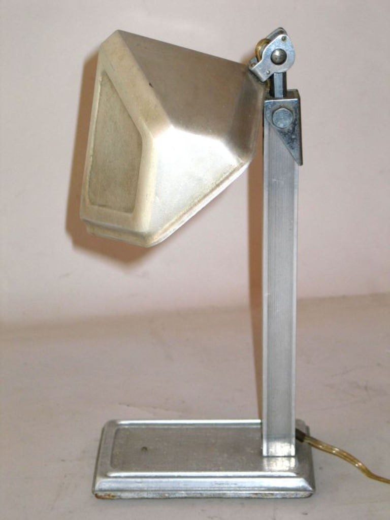 20th Century Pair of French Early Modern Aluminum Desk Lamps by Pirette, 1920-1930 For Sale