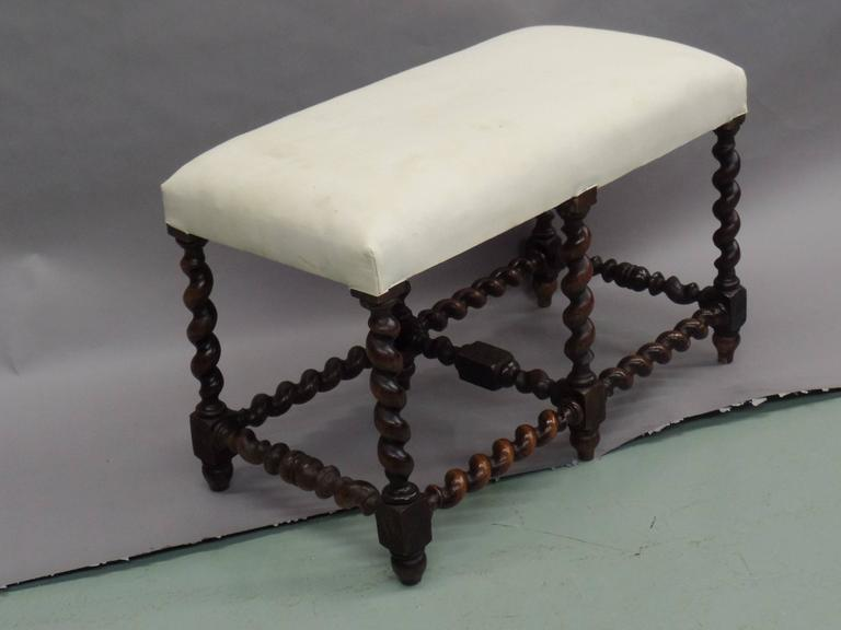 French Mid-Century Modern Barley Twist Bench in the Style of Louis XIII, 1930 For Sale 1