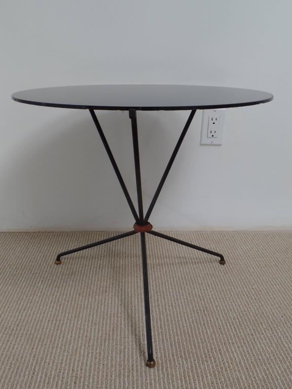 Pair of French Mid-Century Iron and Leather Banded Side Tables, Jacques Adnet In Good Condition For Sale In New York, NY