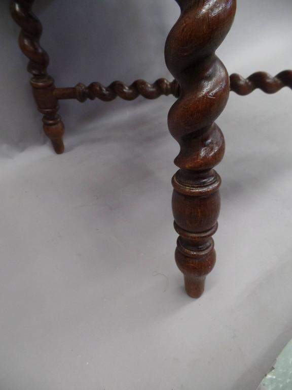 French 1940s Barley Twist Bench in the Style of Louis XIII 5