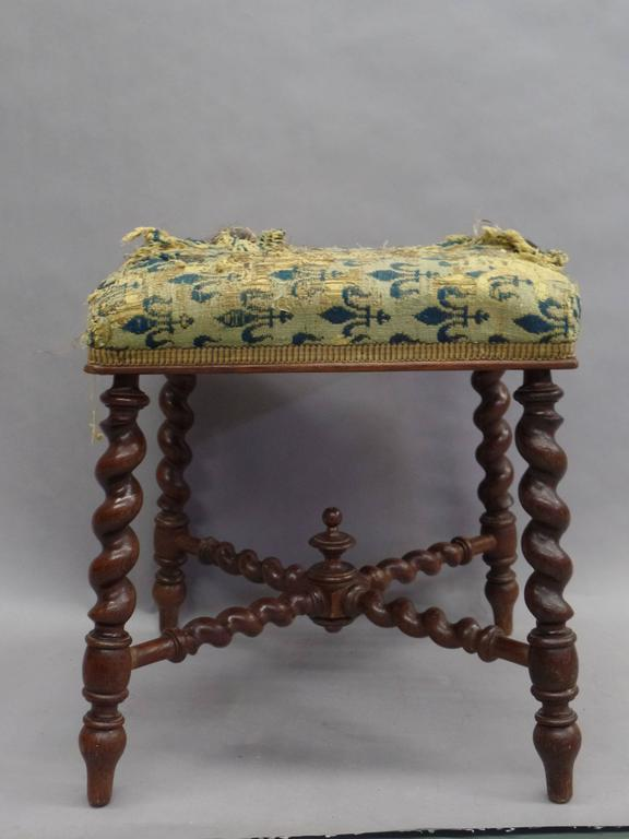 French 1940s Barley Twist Bench in the Style of Louis XIII 3