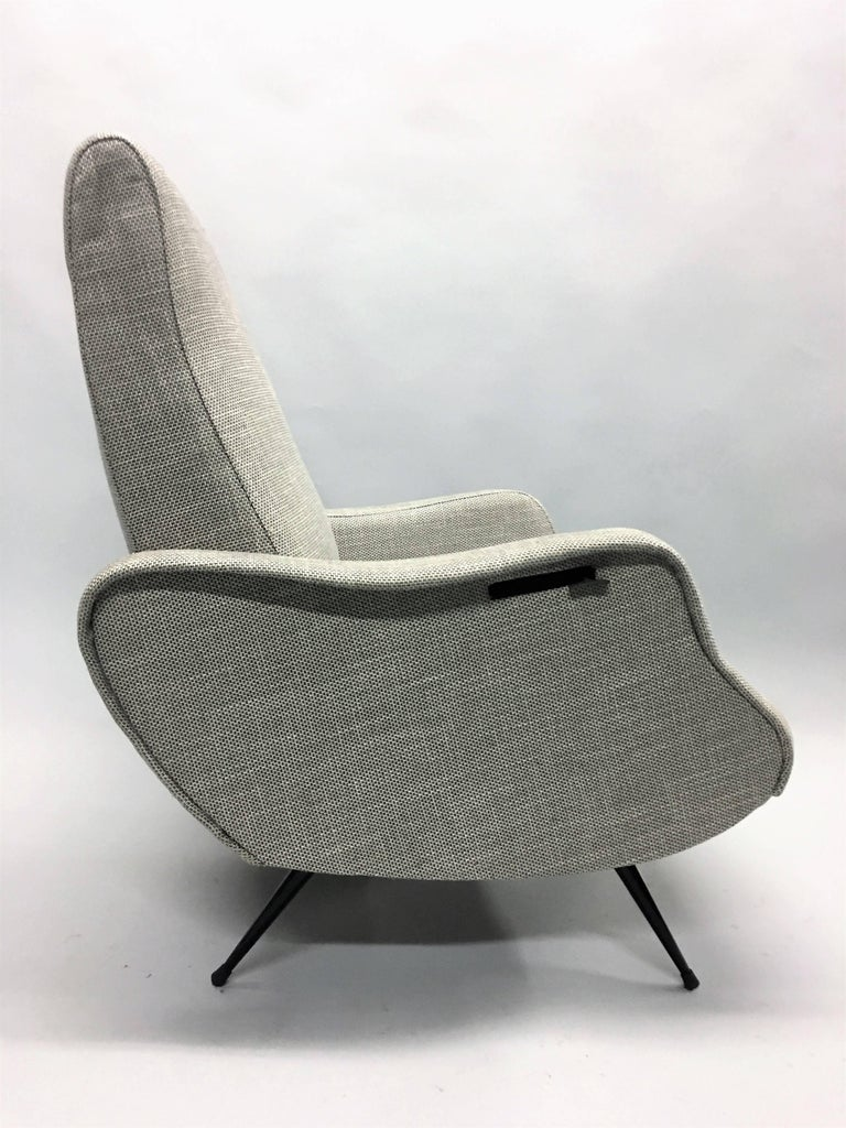 Italian Pair Mid-Century Modern Lounge Chairs / Recliners Style Marco Zanuso, Italy,1950 For Sale