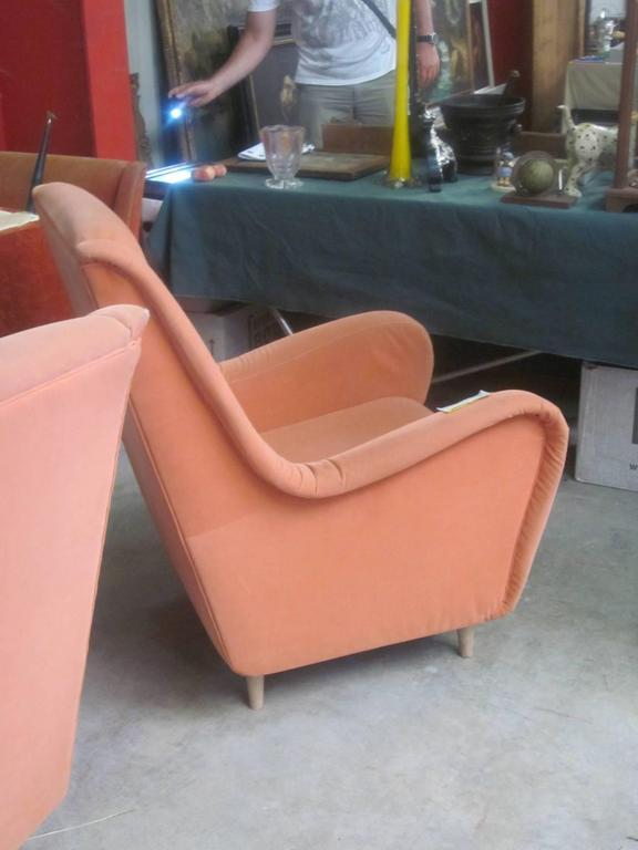 Upholstery Pair of Italian Mid-Century Modern Wing Back Lounge Chairs by Paolo Buffa For Sale
