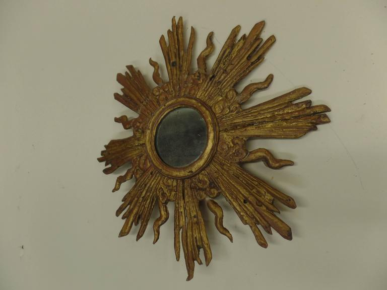 French Louis XIV Style Gilt Lead Sunburst Mirror In Good Condition For Sale In New York, NY