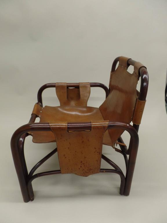 Pair of Italian Mid-Century Modern Bamboo and Leather Lounge Chairs by Bonacina For Sale 4
