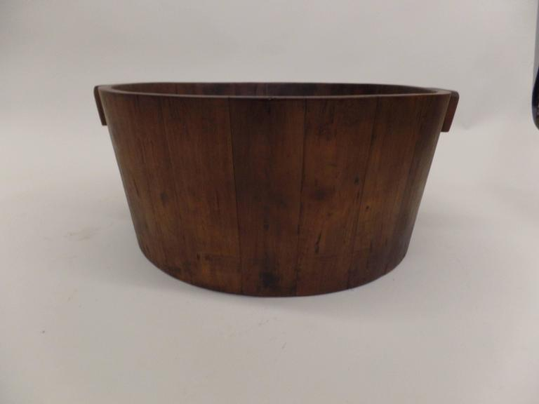 French Colonial 1930s Magazine Basket In Good Condition For Sale In New York, NY