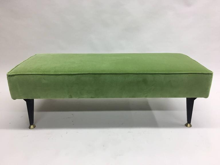 Italian Mid-Century Modern Bench in the Style of Osvaldo Borsani In Excellent Condition For Sale In New York, NY