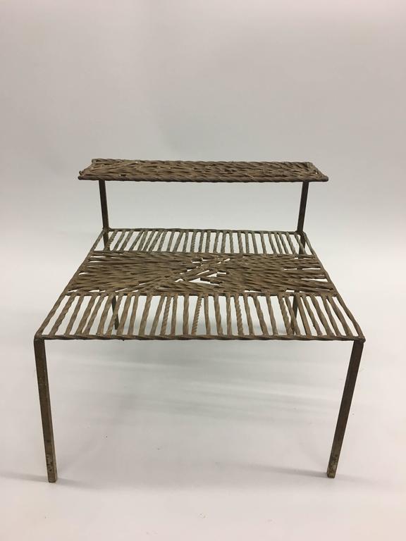 Italian 'Arte Povera' / Post-Minimalist Wrought Iron Sculpture or Side Table For Sale 2