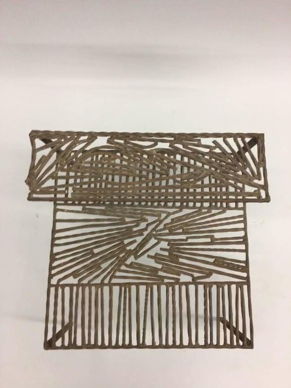 20th Century Italian 'Arte Povera' / Post-Minimalist Wrought Iron Sculpture or Side Table For Sale