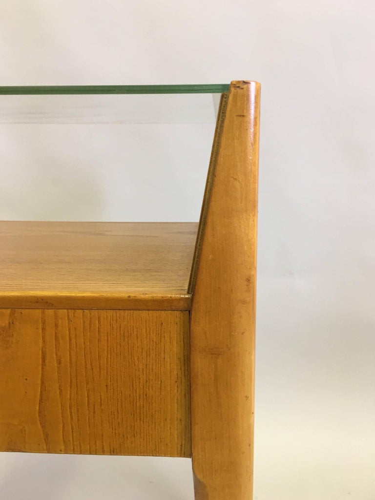 20th Century Pair of Italian Modern Side Tables / Nightstands Attributed to Gio Ponti, 1954 For Sale