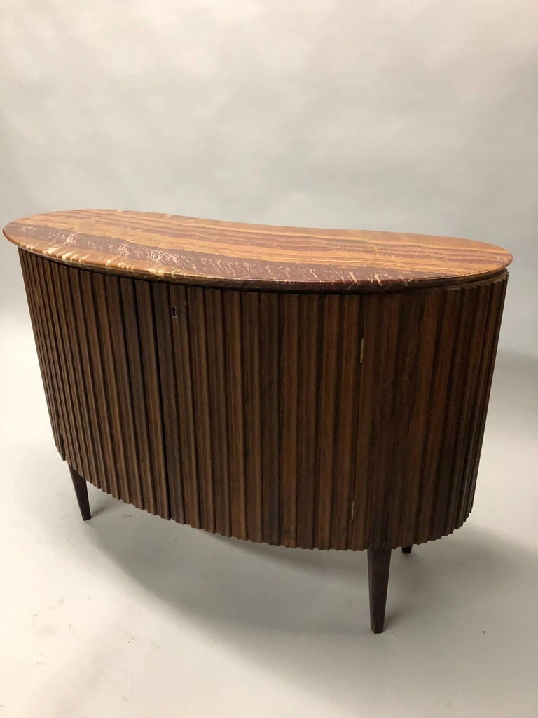 20th Century Italian Mid-Century Modern Credenza / Console / Sideboard/ Bar by Paolo Buffa For Sale