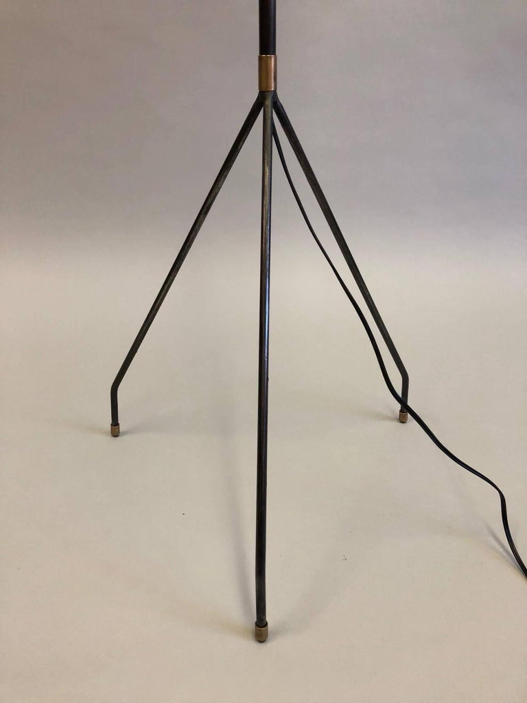Pair of French Mid-Century Modern Iron Floor Lamps Attributed to Pierre Guariche For Sale 3