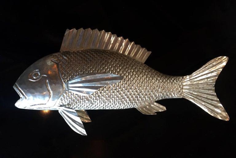 Mid-Century Modern 1960s Italian Metal Fish Sculpture For Sale