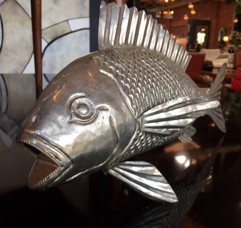 Hand-Crafted 1960s Italian Metal Fish Sculpture For Sale