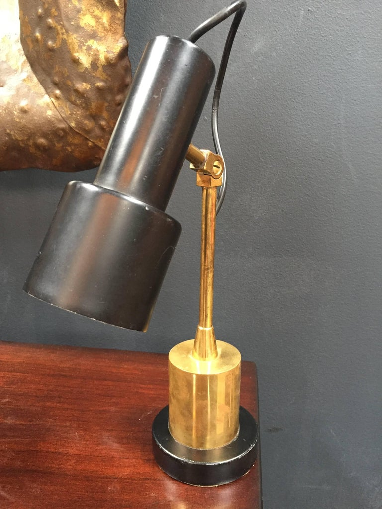 Mid-Century Modern Pair of Original Brass and Black Stilnovo Table Lamps, Italy, 1950s For Sale