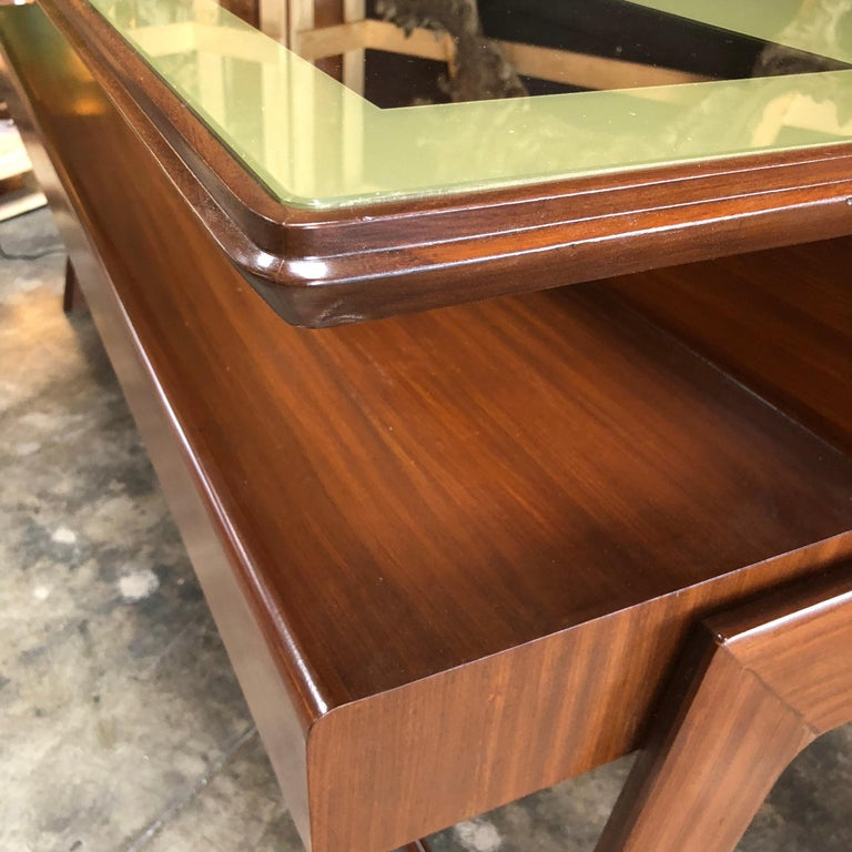 Rare Italian Executive Desk with Floating Glass Top by Vittorio Dassi, 1950s For Sale 7