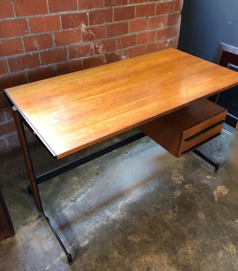 Midcentury Italian Teak Writing Desk, 1950s For Sale 2