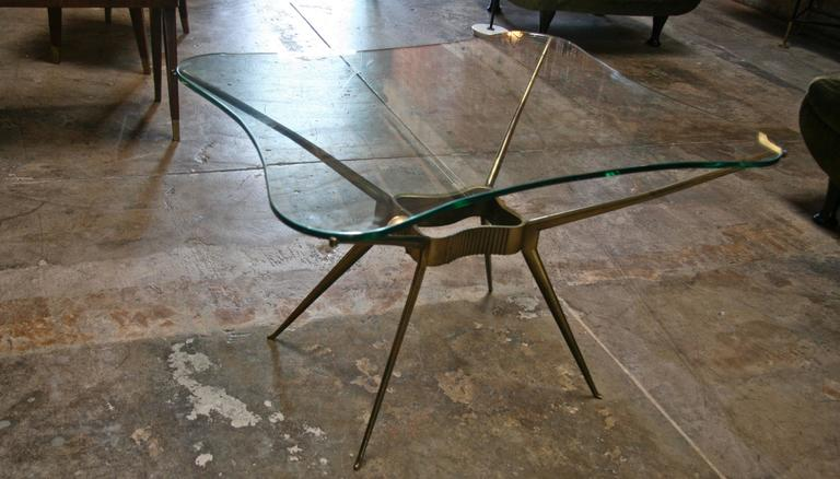 Italian 1950s Brass Cocktail Table In Excellent Condition For Sale In Los Angeles, CA