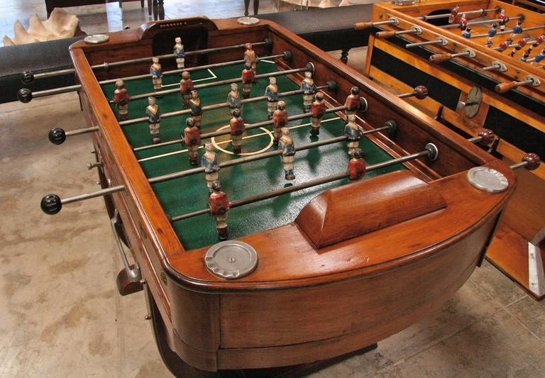 French 1950s Foosball Table In Excellent Condition For Sale In Los Angeles, CA