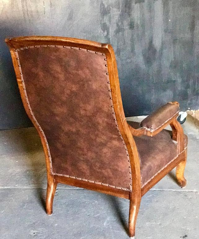 Italian Tufted Leather and Walnut Bergère 5