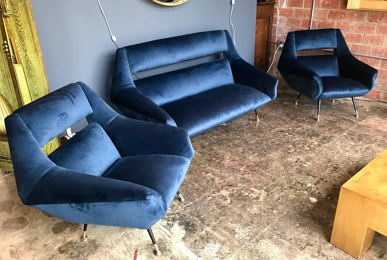 Three-piece sofa and armchairs, set by Gigi Radice made for Minotti in 1950 New upholstery.