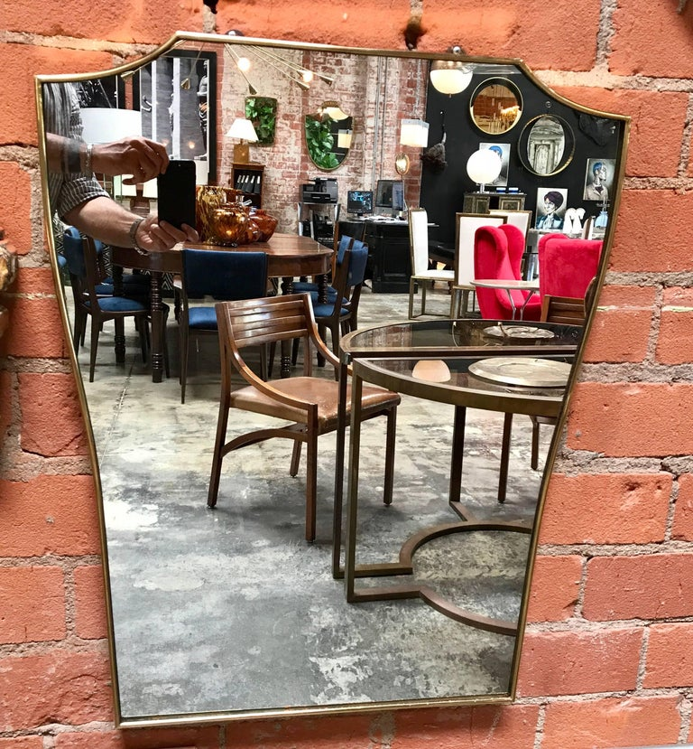 Vintage 1960s Italian Mirror with Brass Frame For Sale 2