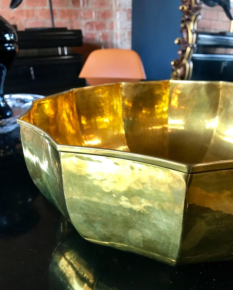 Mid-20th Century 1960s Italian Stunning Brass Bowl For Sale