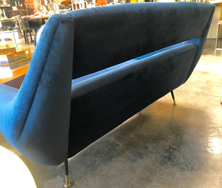 Sofa by Gigi Radice for Minotti, 1950s In Excellent Condition For Sale In Los Angeles, CA