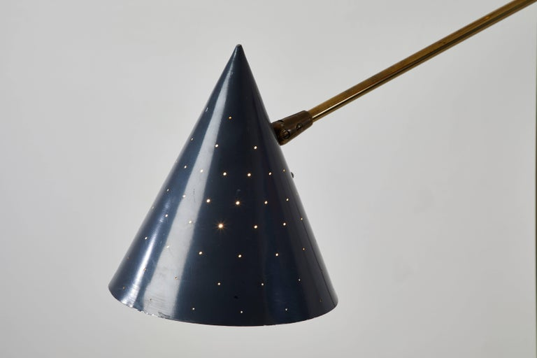 Rare Triennale Floor Lamp by Lightolier In Good Condition For Sale In Los Angeles, CA